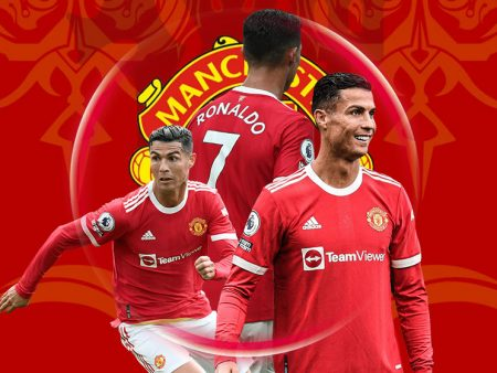 Is Ronaldo the Best Player in Manchester United?